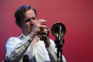 Frederik Köster am 13. Mai 2015 in der Bundeskunsthalle Bonn. FOTO: Jazzfest