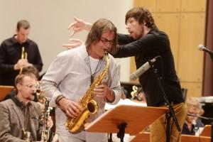 Am Saxophon: Heiner Wiberny, hinten Stefan Schultze. FOTO: Jazzfest Bonn