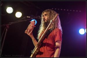 """Mein Freund, das Schwein: Gitarrist Guthrie Govan. FOTO: Peter """"Beppo"""" Szymanski"""