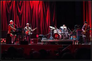 """Joe Jackson am 15. Februar 2016 in der Lichtburg, Essen. FOTO Peter """"Beppo"""" Szimanski"""
