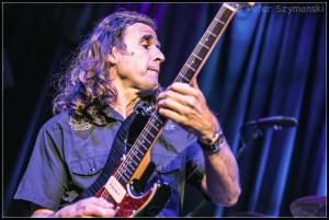 "An der Gitarre: Jean-Marie Ecay. FOTO: Peter ""Beppo"" Szymanski"